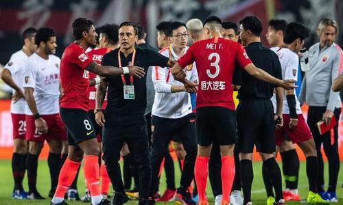 土豪主导不了中国足球