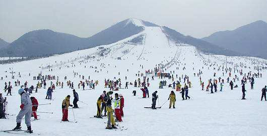 渔阳滑雪场(资料图)