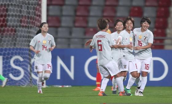 亚洲杯-中国女足1-3日本 无缘决赛