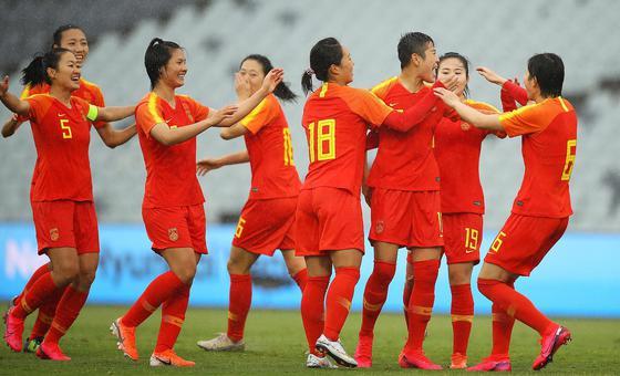 奥预赛-锋线群大爆发 女足6-1泰国