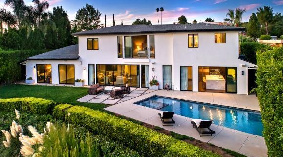 威少出售俄城和洛杉矶两套豪宅!要亏100万美元