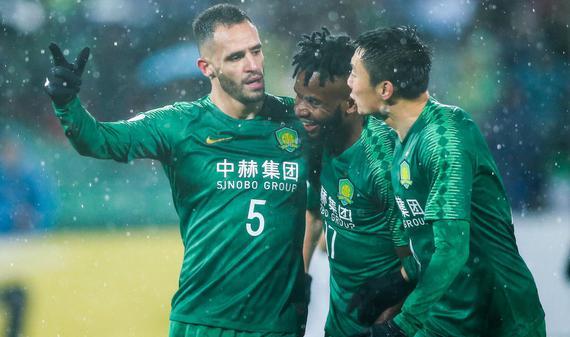 新浪直击国安2-0武里南联