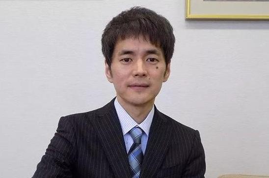 日本围棋职业棋手仲邑信也