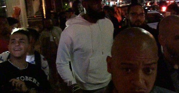 【影片】兄弟約酒不?詹姆斯和杜蘭特紛紛現身LA酒吧  追夢綠疑似也在場