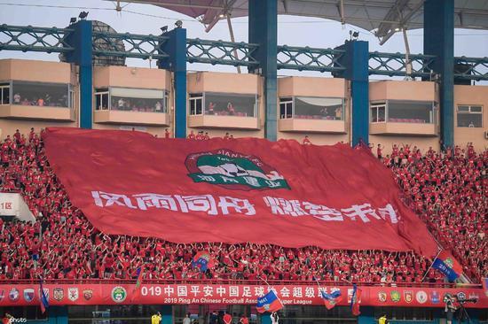张斌:建业25周年守护一亿人的足球梦 靠青训复兴