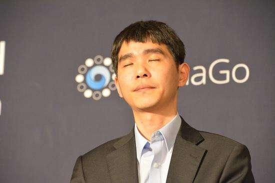 李世石九段已经退出韩国棋士会