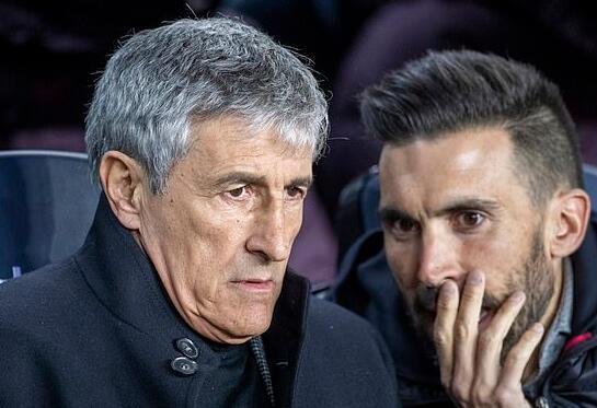 助理教练惹祸 主帅向球员道歉