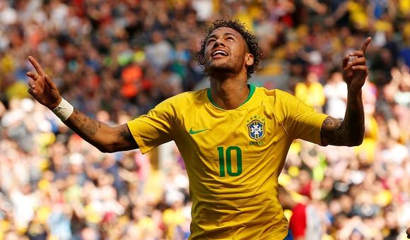 $热身赛-内马尔复出破门 巴西2-0胜