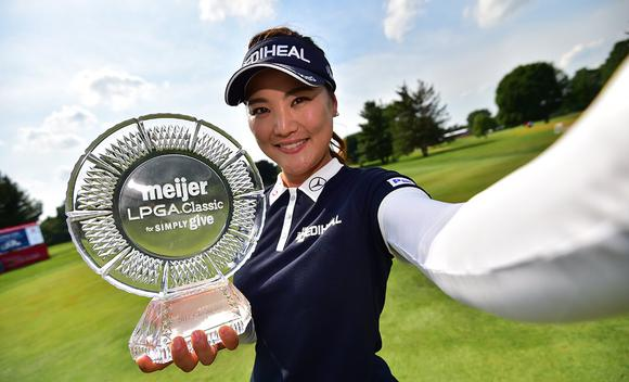 LPGA梅杰尔精英赛柳箫然夺冠