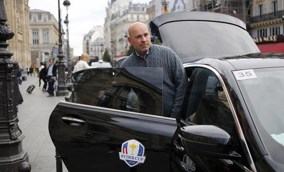 莱德杯在即!欧洲队队长比约恩抵达巴黎