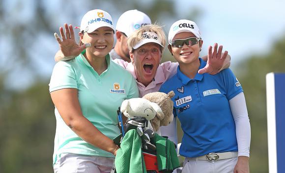 高宝璟池恩熹并列领先LPGA揭幕战第三轮