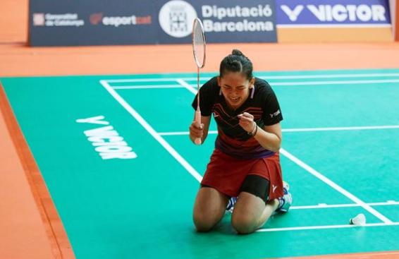 李美妙终结对马林5连败 生涯首夺羽联超级赛桂冠