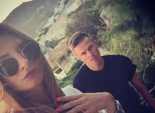 伊利契奇与妻子