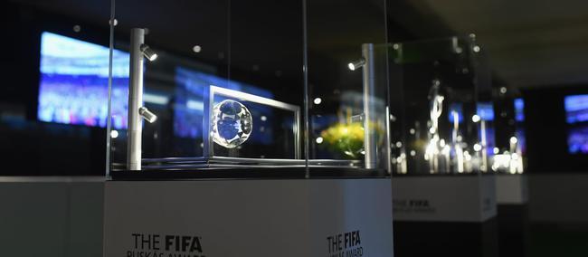 FIFA最佳进球候选:梅西超强吊射 伊布又蝎子摆尾