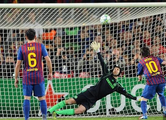 切赫回忆心理战斗法击败梅西 对梅西零失球很愉悦