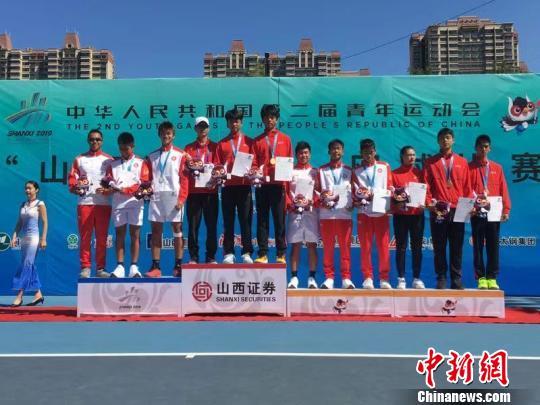 香港网球队青运会斩获5枚奖牌 教练坦言已超预期