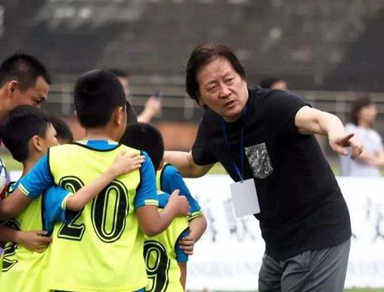 人民网:朱广沪仍继续担任校园足球及足协相关职务