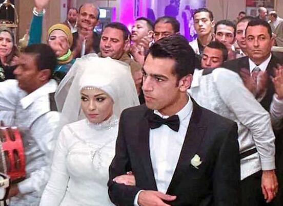 资料图:萨拉赫与妻子Magi的婚礼