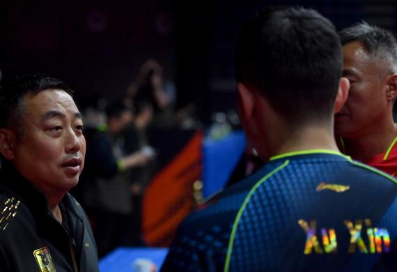 刘国梁要求队员要像战狼一样 奥运才能更有战斗力