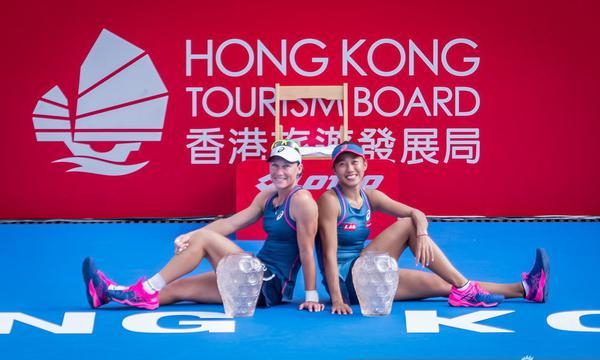 高清-香港赛张帅/斯托瑟夺得女双冠军