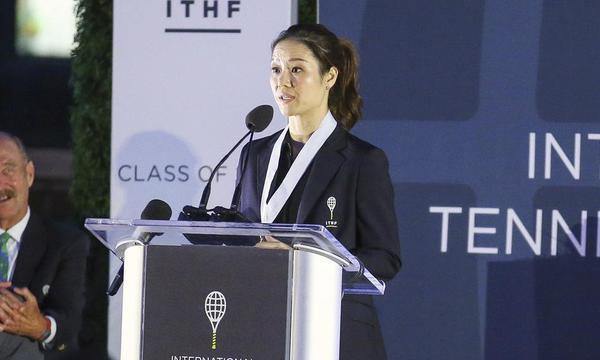 高清-李娜正式入驻网球名人堂
