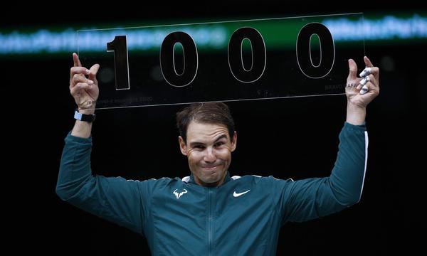 高清-纳达尔收获生涯第1000场胜利