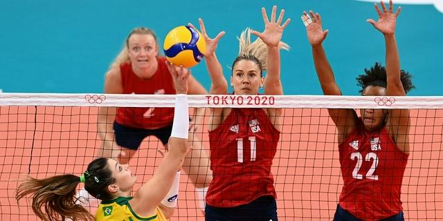 美國女排3-0巴西摘金 首奪奧運冠軍