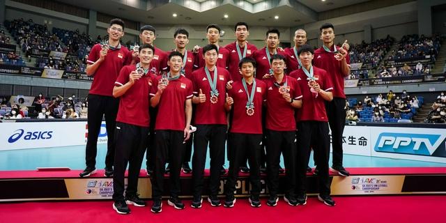 斩获亚锦赛季军 中国男排获得2022年世锦赛入场券