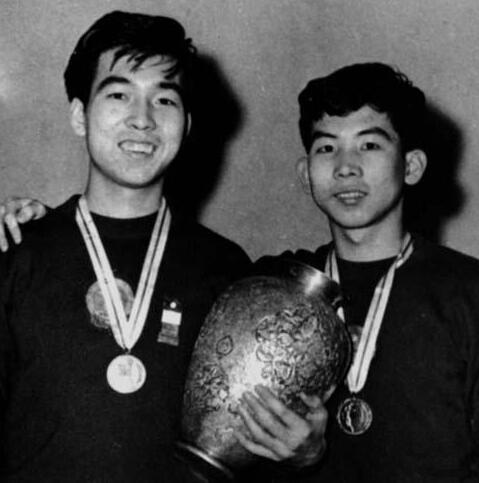 中国第一对男双冠军