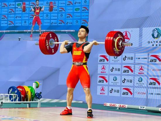 手握11项世界纪录 中国男举迎来历史全盛时期