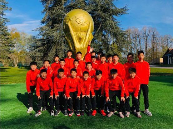 中国U13赴欧比赛连传喜讯