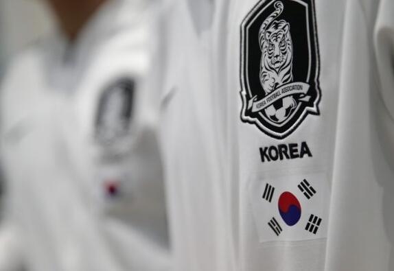 韩国队时隔29年再赴平壤参加男足赛事