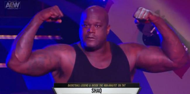 太惨了!奥尼尔摔跤被对手暴捶 吹牛遭打脸了