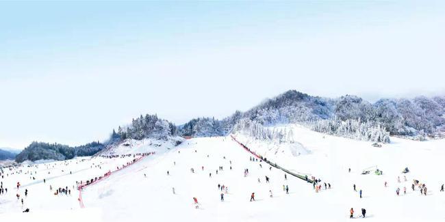 """滑向2022-""""新浪杯""""高山滑雪公开赛重庆单板挑战赛报名启动"""