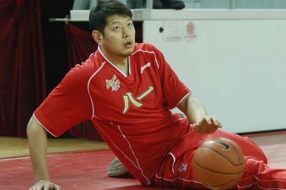 前国手莫科来了!加盟四川男篮担任助理教练