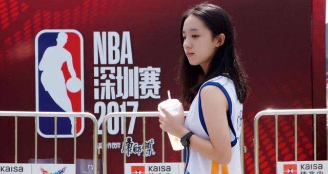 喜欢勇士的邻家篮球女孩