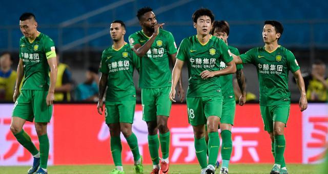 中超-巴坎布2球 北京国安5-2大胜大连一方