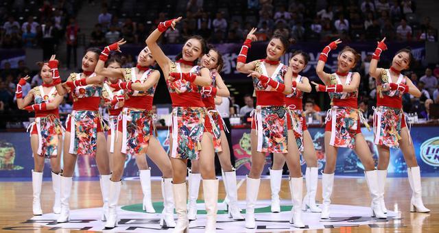 活力四射!啦啦队服装炫酷舞蹈可爱