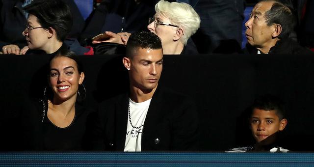 C罗与家人观战ATP年终总决赛