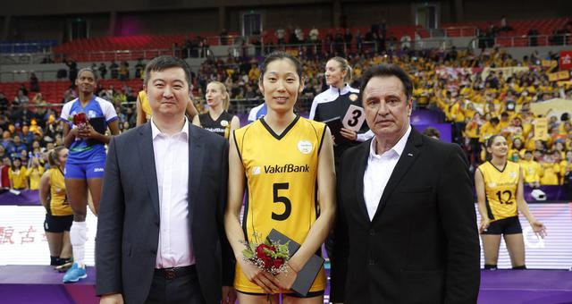 朱婷蝉联世俱杯MVP!历史第一人