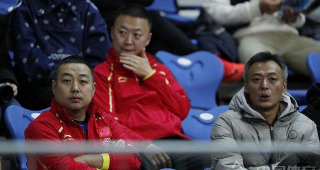 乒联总决赛-刘国梁马琳现身看台