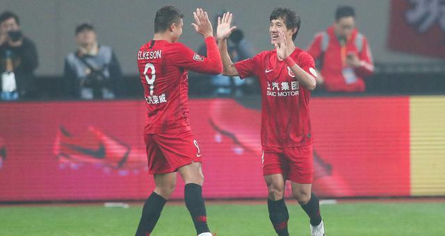 上港2-0胜国安夺超级杯 王燊超传射