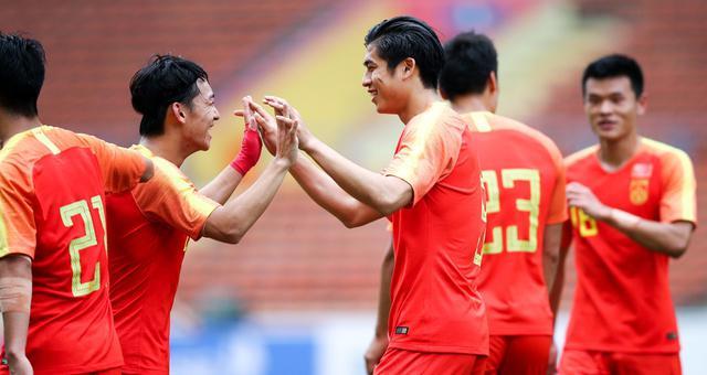 奥预赛-张玉宁替补双响中国8-0菲律宾