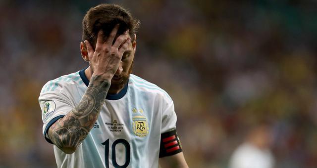 美洲杯阿根廷0-2哥伦比亚