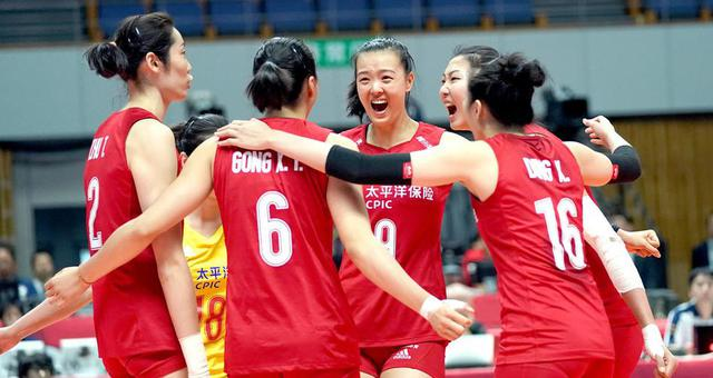 世界杯-中国女排3-2巴西