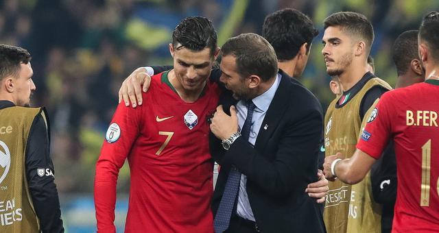欧预赛-C罗700球里程碑 葡萄牙1-2客负