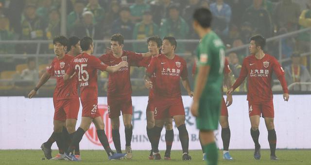 中超-国安0-2上港退居第3 距榜首4分