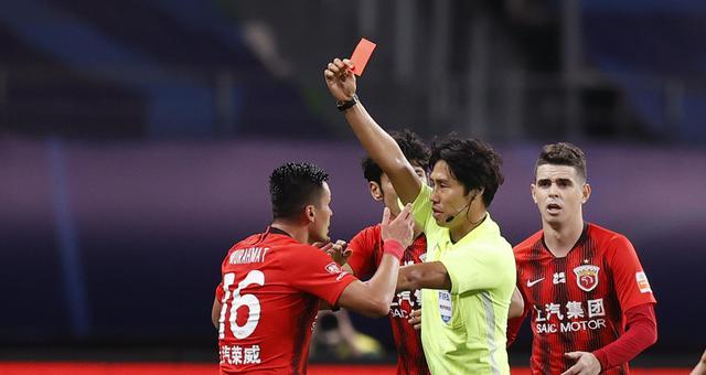 新浪直击江苏苏宁1-1上海上港