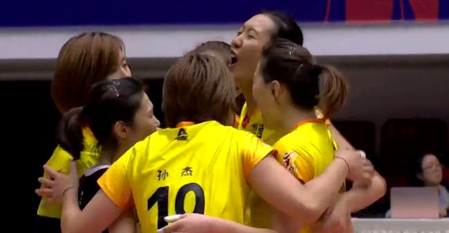 李盈莹15分天津女排遭两连败 山东女排第4胜进8强