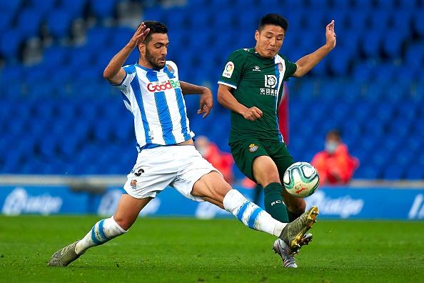 武磊替补出场仅触球6次 西媒:几乎看不到他踢球